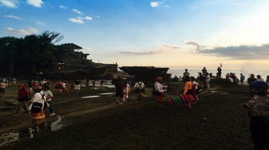 9.285 Visitors Was Visited Tanah Lot on Long Holiday Last October