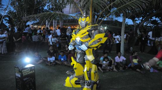 Selfie-Spot-and-Cosplay-The-Most-Favorite-Item-at-Tanah-Lot-Art--Culture-Weekend-Event.html