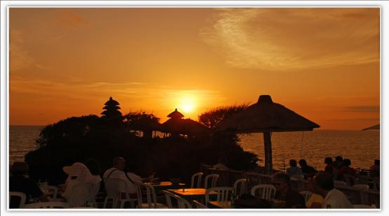 Unforgettable-Moment-at-Sunset-Terrace-Tanah-Lot.html